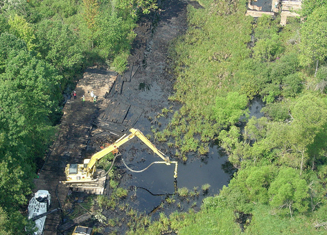 Response operations near the source of the oil sands spill on Talmadge Creek.