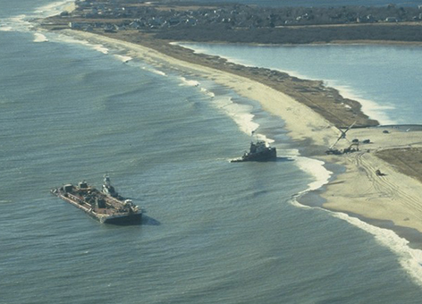 The North Cape Left And Tug Scandia Right Grounded On Moonstone Beach In Rhode Island January 25 1996 Noaa
