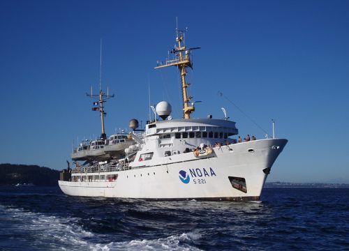 NOAA Ship Rainer on ocean. Image credit: NOAA.