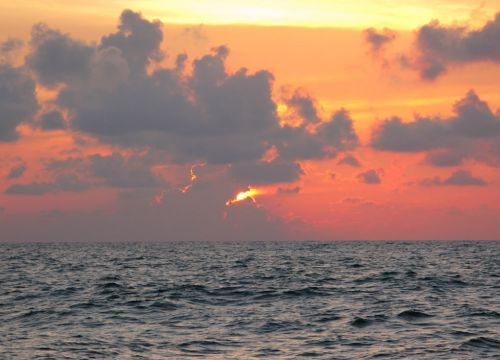 Ocean sunset. Image credit: NOAA