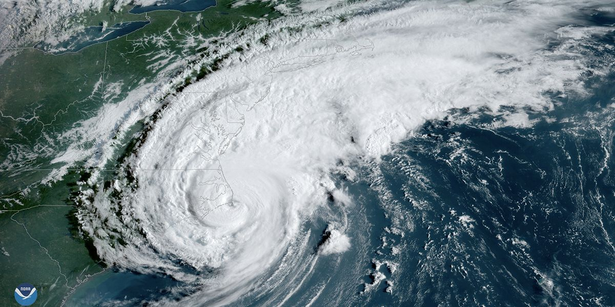 A satellite image of a hurricane along the East Coast of the U.S.
