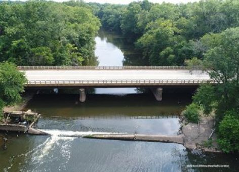 New Jersey's Millstone River with bridge and dam. Image: Stony Brook-Millstone Watershed Association.