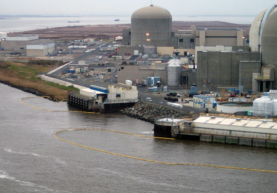 Salem Nuclear Plant at the edge of the river.